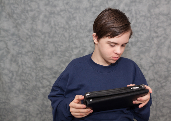 Manage the Communication Barrier through Learning Apps for Autism